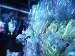 pameran-laut-kita-edukasi-masyarakat-bahayanya-sampah-plastik_20190422_185611.jpg