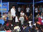 panglima-tni-dampingi-presiden-ri-berdialog-dengan-anak-anak-pengungsi-lombok_20180903_114038.jpg
