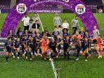 para-pemain-lyon-merayakan-akhir-pertandingan-sepak-bola-final-liga-champions-wanita-uefa.jpg