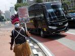 parade-budaya-dukung-otsus-papua_20210301_215322.jpg