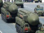 Militer Rusia SIap Balas Serangan Rudal Balistik dengan Senjata Nuklir
