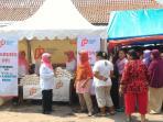 pasar-murah-gula-di-cirebon_20160512_180217.jpg