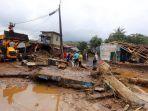 Peringatan Dini BNPB Hadapi Bahaya Bencana Hidrometeorologi dari Banjir Bandang sampai Tanah Longsor