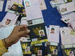 paspor-jemaah-haji_20180416_085129.jpg