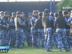 pasukan-keamanan-siaga-kawal-keberangkatan-raja-salman_20170312_133004.jpg