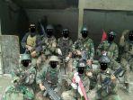pasukan-tni-di-papua-dalam-operasi-pembebasan-sandera-beberapa-waktu-lalu_20181004_192134.jpg
