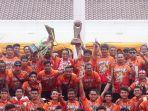 pawai-persija-juara-liga-1_20181215_163047.jpg