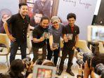 payung-teduh-launching-album-ruang-tunggu_20171219_205848.jpg