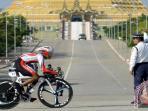 pebalap-sepeda-indonesia-robin-manullang_20150611_162455.jpg