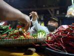 pedagang-sayuran-mengeluhkan-kenaikan-harga-sejumlah-sayuran_20210105_173342.jpg