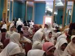 pegawai-rsud-arifin-achmad-pekanbaru-mogok-kerja_20161117_103220.jpg