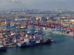 pelabuhan-tanjung-priok-jakarta_20161107_145239.jpg