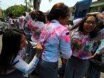 pelajar-melakukan-aksi-corat-coret-baju-seragam-di-medan_20160407_020159.jpg