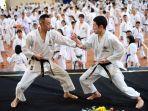 pelatih-karatee.jpg