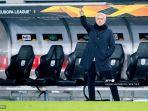 pelatih-kepala-tottenham-hotspur-jose-mourinho-di-liga-eropa.jpg