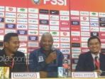 pelatih-timnas-mauritius-berkomentar_20180911_201016.jpg