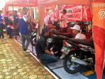 pelatihan-bengkel-motor-honda-untuk-siswa-smk_20161028_102717.jpg