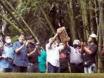 Warga Kaliurang dan Mbah Bardi Lepas Burung Emprit untuk Pelestarian Elang Jawa