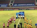 pemain-bhayangkara-fc-dan-bali-united-memasuki-lapangan-di-lanjutan-bri-liga-1-2021.jpg