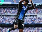 pemain-club-brugge-lakukan-selebrasi-gol-ala-ronaldo-setelah-cetak-brace-di-kandang-real-madrid.jpg