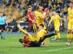 pemain-spanyol-dan-ukraina-beraksi-di-ajang-uefa-nations-league.jpg