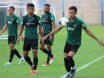 pemain-timnas-indonesia-saat-menjalani-latihan.jpg