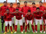 pemain-timnas-indonesia-u-23-berpose_20150604_122302.jpg
