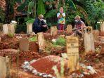 pemakaman-jenazah-covid-19-ternyata-tidak-gratis_20210729_202139.jpg