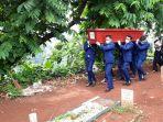 pemakaman-jenazah-pramugara-sriwijaya-air-sj-182-okky-bisma_20210115_121336.jpg