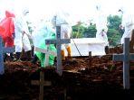 pemakaman-korban-virus-corona-covid-19-di-tpu-tegal-alur_20200407_190159.jpg