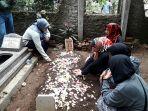 pemakaman-lina-zubaedah-mantan-istri-sule_20200105_184156.jpg