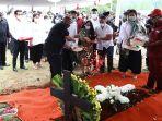 pemakaman-pendiri-kompas-gramedia-jakob-oetama-di-tmp-kalibata_20200910_143434.jpg