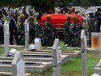 pemakaman-pendiri-kompas-gramedia-jakob-oetama-di-tmp-kalibata_20200910_150234.jpg