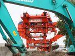 pemasangan-girder-proyek-kereta-cepat-jakarta-bandung_20200105_211344.jpg
