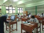 Pimpinan DPR Monitor dan Evaluasi Pembelajaran Tatap Muka di Sejumlah Sekolah