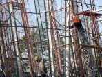 pemerintah-sertifikasi-113900-tenaga-kerja-konstruksi_20200624_175208.jpg