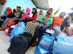 pemindahan-penampungan-pengungsi-rohingya-di-medan_20150518_211437.jpg