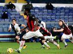 penalti-franck-kessiesaat-pertandingan-sampdoria-vs-ac-milan.jpg