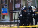 penangkapan-terduga-teroris-di-bandung_20170227_164346.jpg