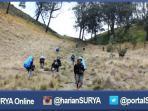 pendaki-menapaki-tanjakan-cinta-di-gunung-semeru_20160609_110612.jpg
