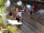 penemuan-mayat-pria-tertelungkup-di-sungai.jpg