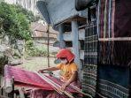 Penenun Ulos Diminta Terus Berinovasi Tingkatkan Produksi