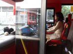pengemudi-bus-wisata-peringati-hari-kartini_20170421_214021.jpg