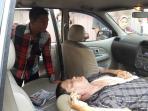 pengemudi-xenia-tewas-mendadak_20161006_181935.jpg