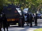 penggeladahan-kasus-terorisme-di-universitas-riau_20180602_224112.jpg