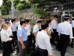 penggerebekan-polisi-ke-markas-yamaguchigumi_20170828_093215.jpg