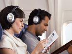 penggunaan-headphone-di-pesawat-terbang_20170315_104637.jpg