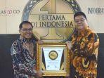 penghargaan-pertama-di-indonesiai.jpg