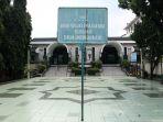 pengumuman-peniadaan-salat-jumat-di-masjid-sunda-kelapa_20200320_152643.jpg