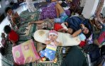 pengungsi-banjir-panakkukang-makassar_20150104_185544.jpg
